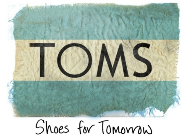 Blake Mycoscie starts TOMS Shoes