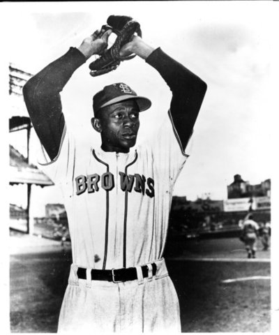 Paige makes his professional baseball debut in the Negro Southern League.
