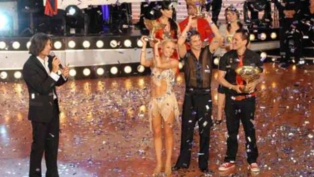 Pampita gana la edición 2008 del Bailando por un sueño