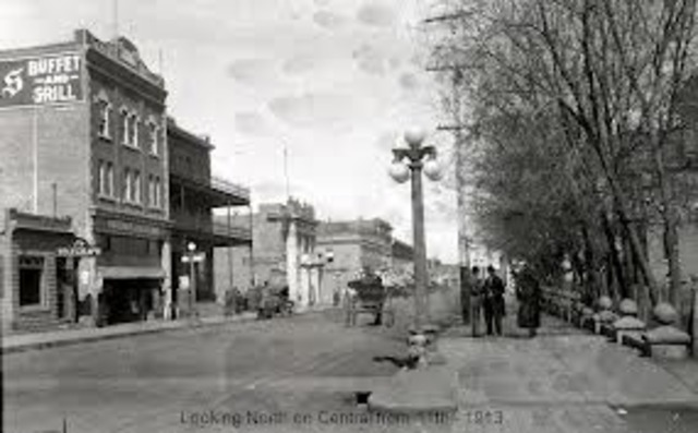 Jack arrives in Prince Albert (picture is P.A in 1913)