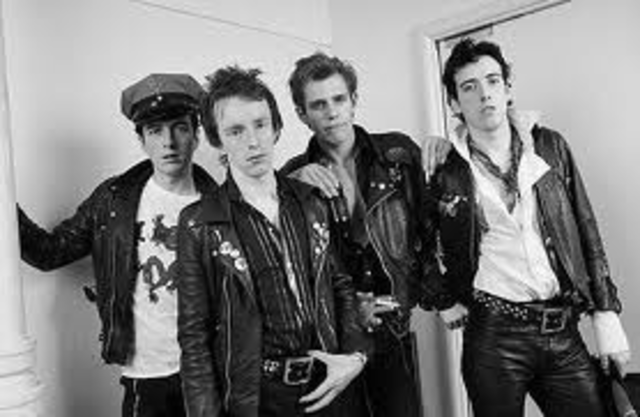The Clash disbands