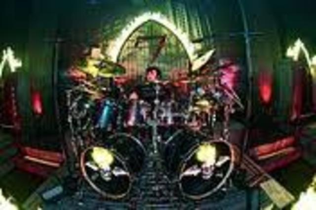 Arin Ilejay joins the band