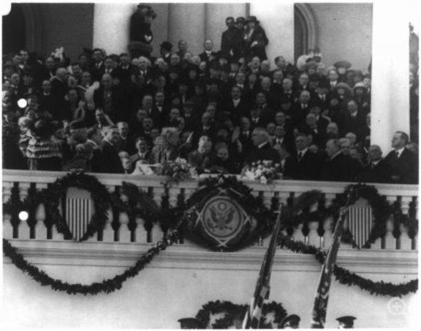 Warren Harding Takes Car to Inauguration