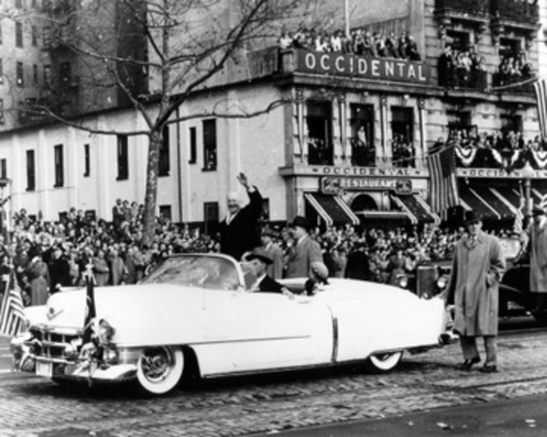 The Parade Expands For Eisenhower
