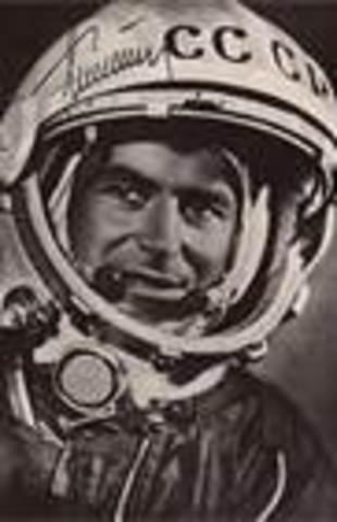 Gherman Titov spend a day in space