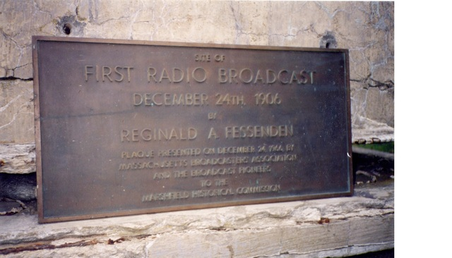 Πρώτη μετάδοση φωνής και μουσικής μεσω ραδιοκυμάτων