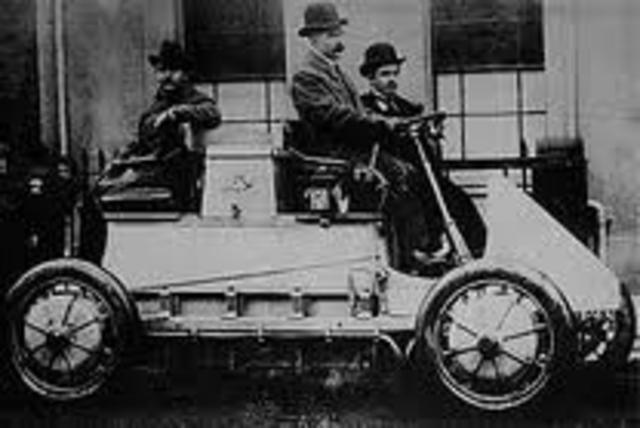 το πρώτο υβριδικό-ηλεκτρικό όχημα