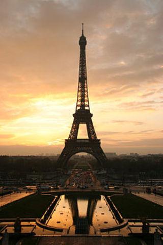 Ο πύργος του Άιφελ εγκαινιάστηκε στις 31 Μαρτίου 1889