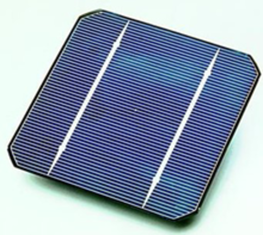 First Modern Silicon Solar Cell