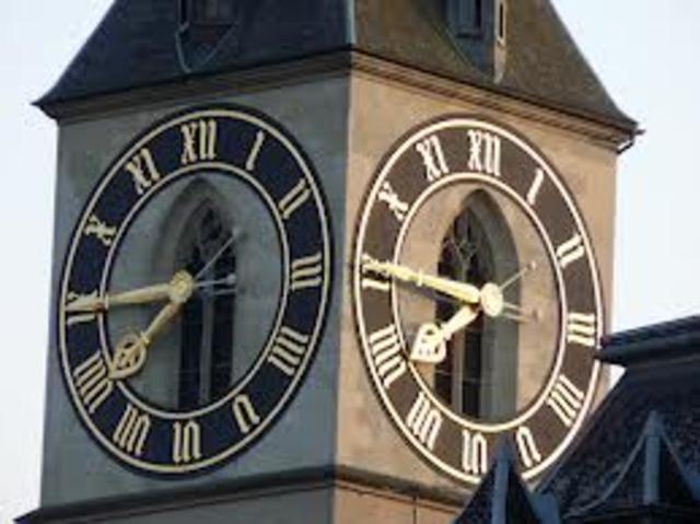 μεγάλα μηχανικά ρολόγια με γρανάζια