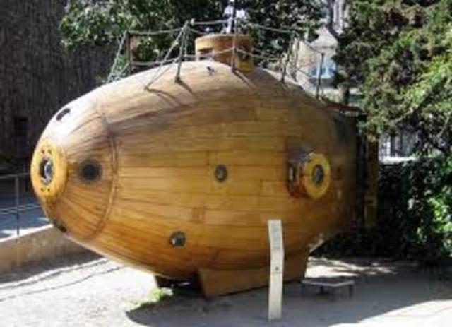 Submarine- Invented by Corneuius Drebble