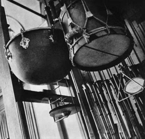Composicions per a instruments mecànics