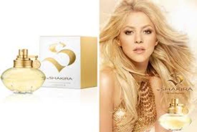 Firmó un acuerdo con la compañía de moda y perfumes española Puig