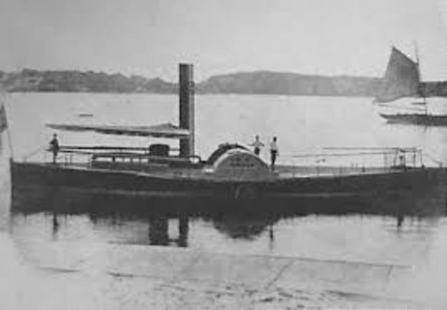 First paddle steamer arived in sydney