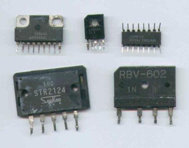 Sustitución de transistores por Circuitos integrados