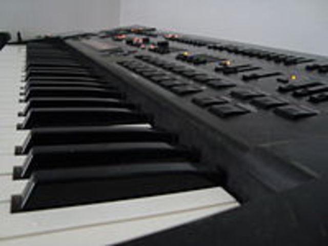 jd 800 synthesizer