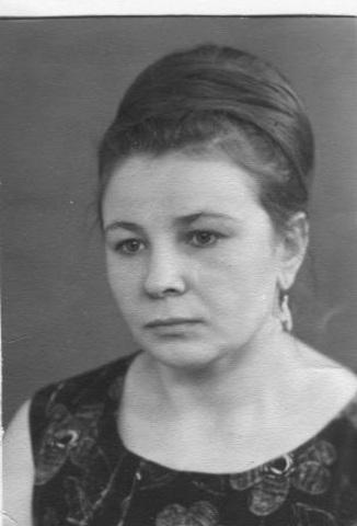 Захарова Мария Васильевна, костелянша.