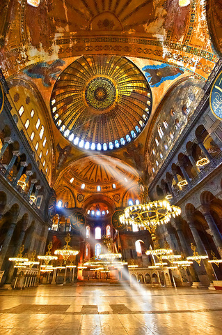 Mosque secularlized. Becomes a museum,