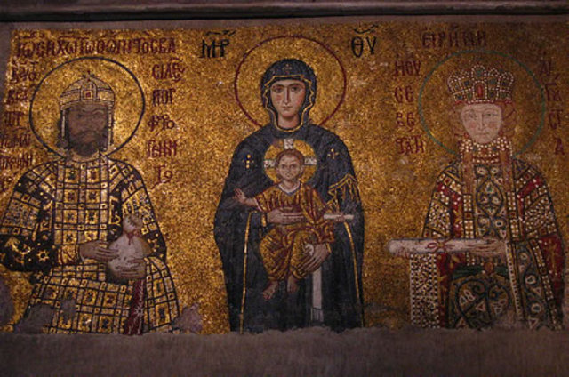 Sacked by Venetians, becomes Roman Catholic Church