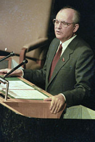 An analysis of the government of mikhail gorbachev the last president of the soviet union