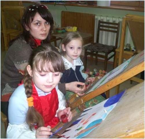 Создание студии изобразительного искусства «Цветная мозаика»