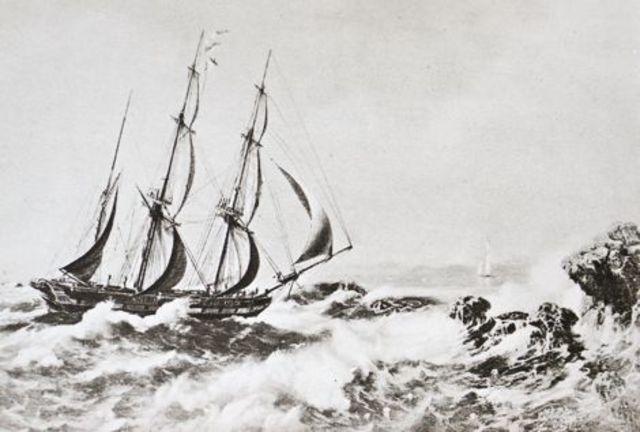Huxley sails on the H.M.S. Rattlesnake