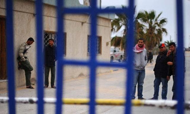 Libyan rebel forces reject Muammar Gaddafi's ceasefire offer