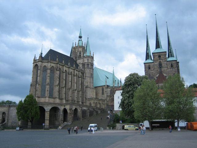 Проведя некоторое время в Люнебурге, будущий композитор отправляется назад в Тюрингию.