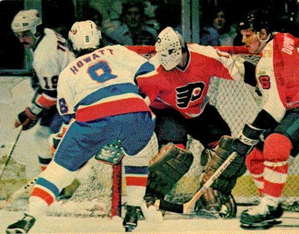 Islanders Fall in 7 to Flyers
