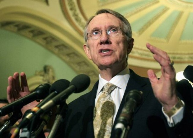 Senator Harry Reid reintroduces the DREAM Act to the Senate