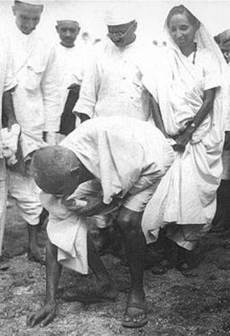Gandhi is arrested for violating the Salt Laws