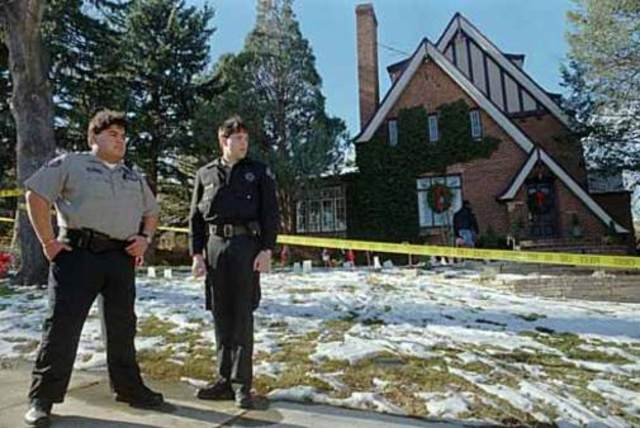 The police arrive at the Ramsey home