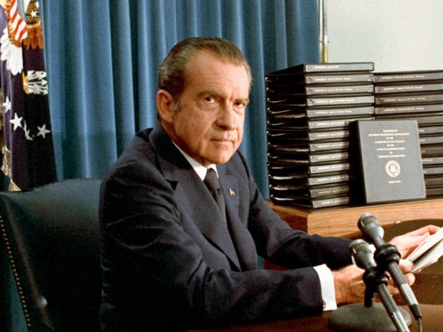 President Nixon agrees to hand over tapes to comply with subpoena.