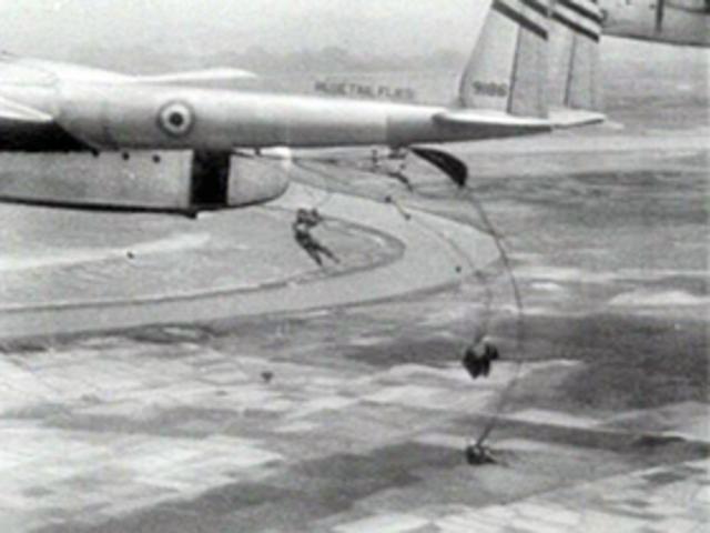 Viet Minh defeat French at Dien Bien Phu