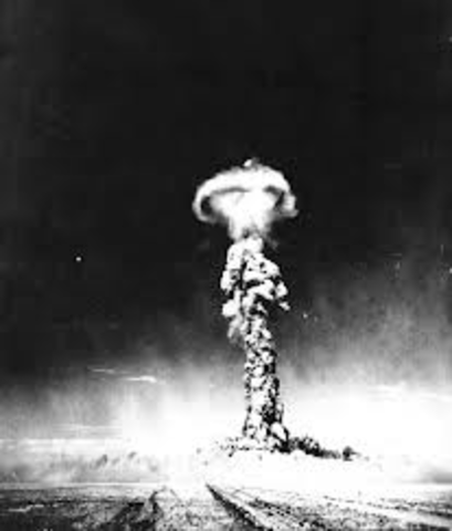Explosion of the First Hydrogen Bomb