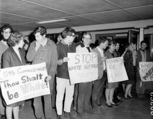 Racial Discrimination Act 1975 passed