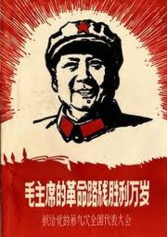 Mao Zedong takes over Cina