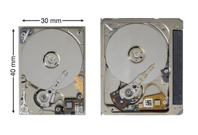 Seagate выпускает ST1 — аналог Microdrive ёмкостью 12 Гб.