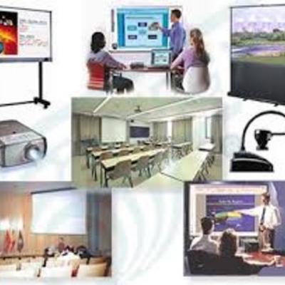 Avances del uso de la  Tecnología en la Educación timeline