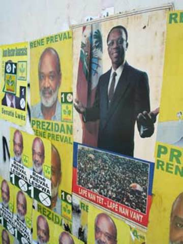 Préval says he will end the exile of former president Aristide