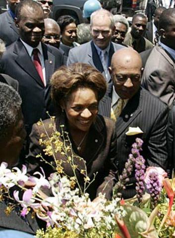 Gov. Gen. Michaëlle Jean begins visit to Haiti