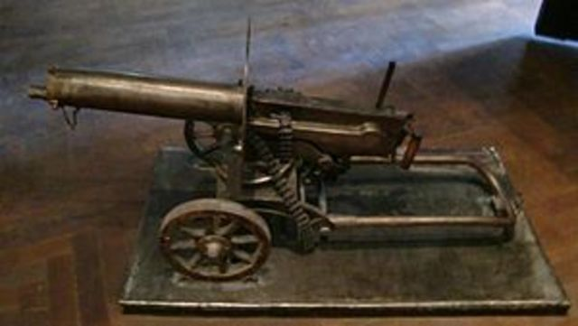 Invention of Fully Automatic Machine Gun