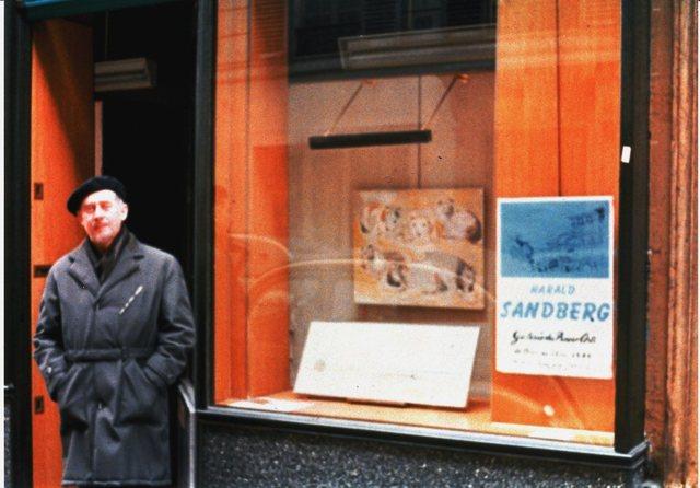 Exhibit at Galerie des Beaux Arts, Paris