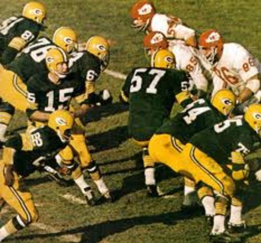 The first Super Bowl between Green Bay Packers and the Kansas City Chiefs