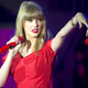 Taylor red taylor swift 32993167 617 4091