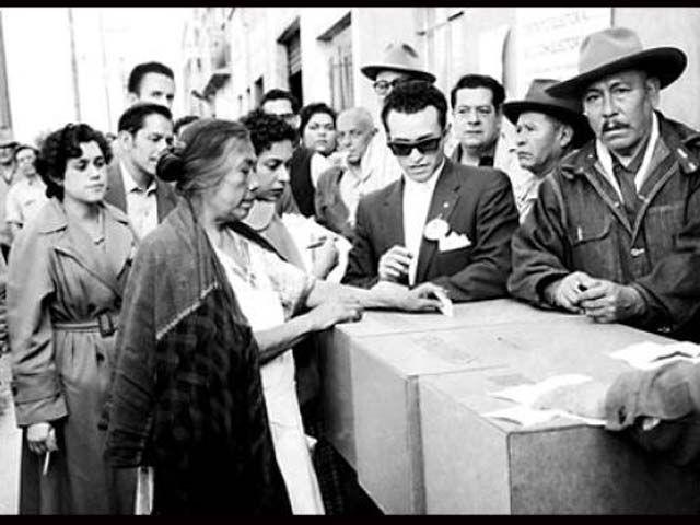 Mujeres mexicanas votan por primera vez para elegir diputados federales