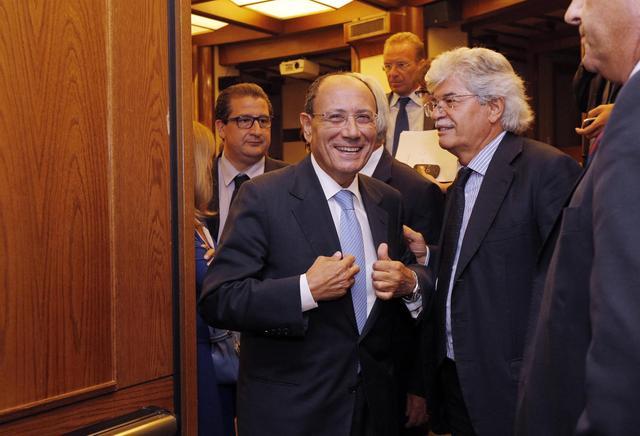 La Giunta discute della decadenza di Berlusconi. Tensione Pd-Pdl