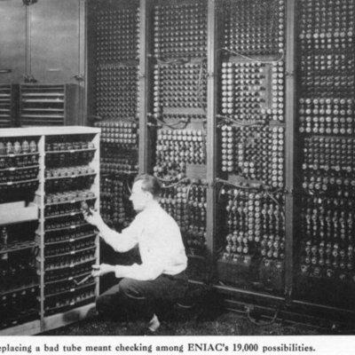Hitos en la Informática y las Comunicaciones timeline