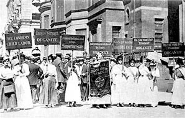 """250,000 workers went on strike, which was called the """"May Day movement"""""""