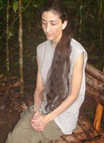 Ingrid Betancourt es secuestrada